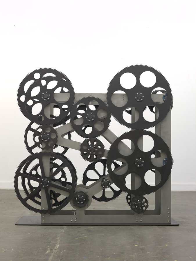 To Da Vinci (1), 2015 Stainless steel and gears 205 x 206 x 60 cm